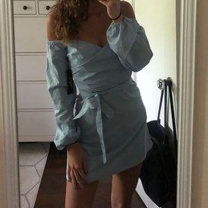 NWOT Lulu's Off Shoulder Dress